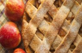 RECEITA: Bolo integral de maçã e aveia